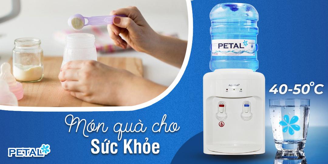 Nước tinh khiết được làm nóng bởi máy nóng lạnh Aquarius là chọn lựa hoàn hảo bố mẹ nên để ý