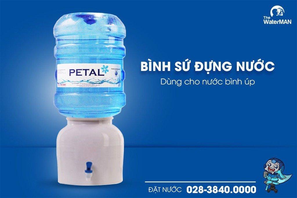 Bình sứ trắng dùng chung với nước bình 19L úp ngược