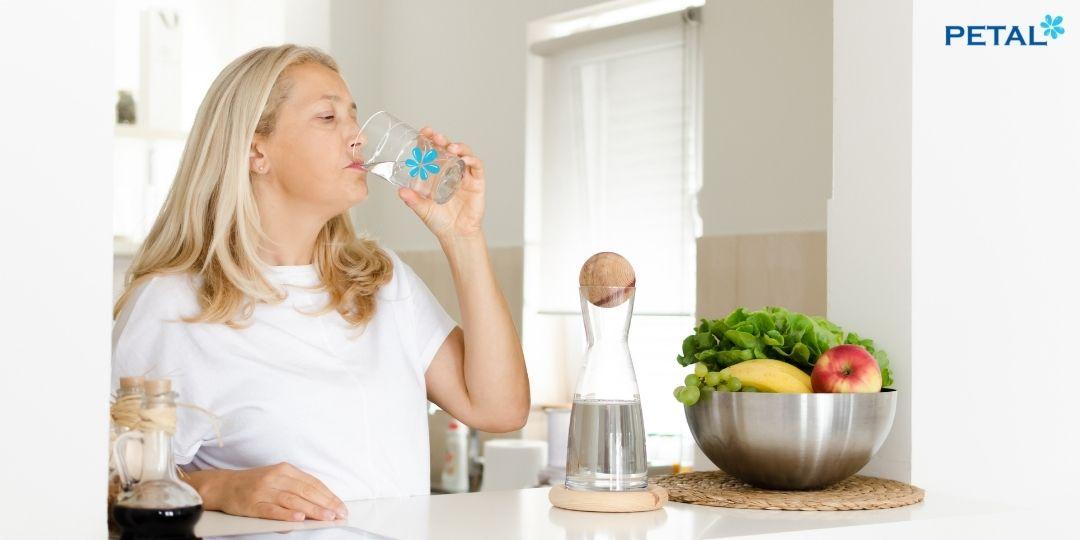 Uống nước tinh khiết Petal