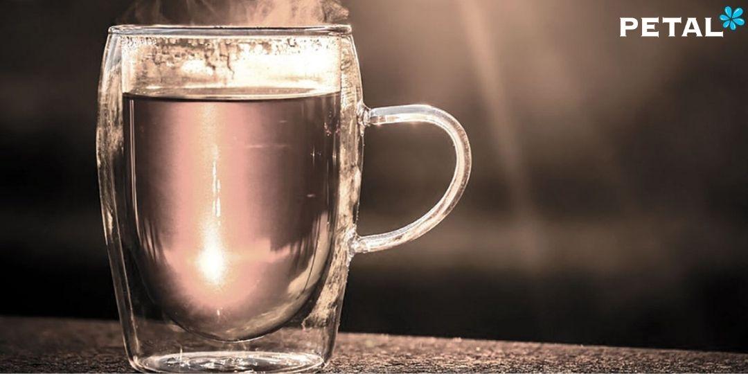 Nước nóng hỗ trợ làm ấm cơ thể, điều hòa thân nhiệt, ngừa cảm lạnh hiệu quả