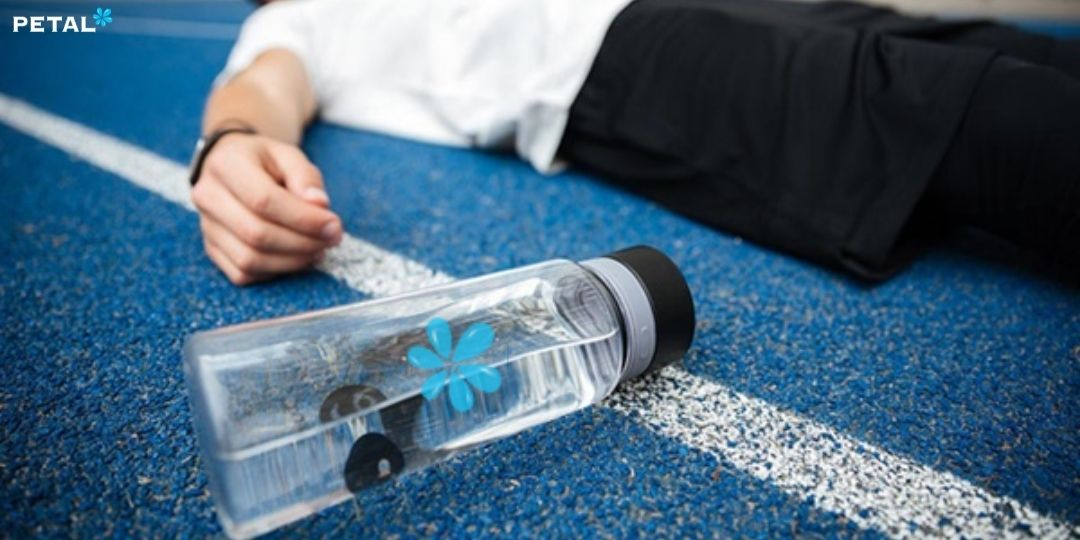 Những trường hợp không nên uống nhiều nước